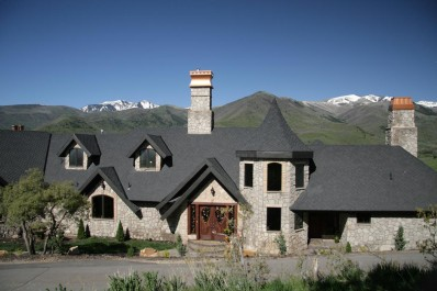 Exquisite Midway Estate Sold